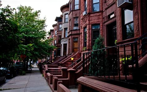 bed stuy brownstone redirecting