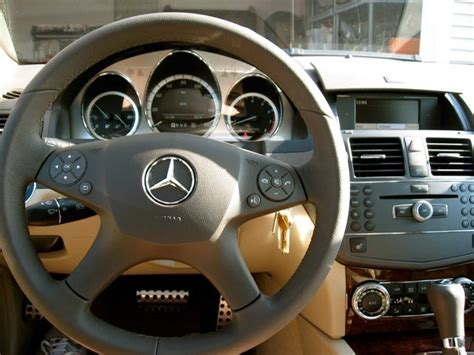 The cabin of the 2010 c63 amg features a racy, yet. 2010 Mercedes-Benz C-Class - Pictures - CarGurus