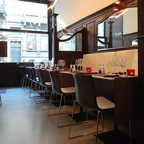 cuisiner les girolles hôtel contemporain à bruxelles le pacific café hôtel