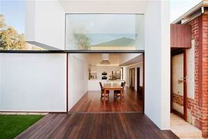 Westbury crescent residence in perth gets a modern makeover for Bathroom windows perth