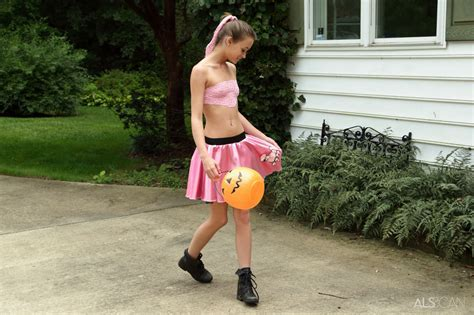 Janice Griffith Kacy Lane In Trick Or Treat