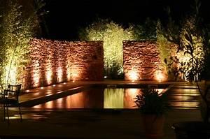 Eclairage Piscine Bois : eclairage exterieur piscine terrasse great eclairage ~ Edinachiropracticcenter.com Idées de Décoration