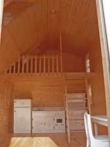 Image of: Log Home Interior Knowledgebase How To Choose Log Cabin Designs That Suit You