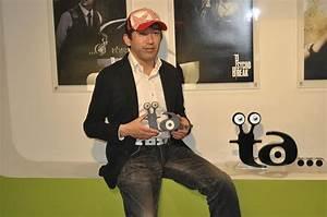 """Shinji Mikami asegura que """"no hay una diferencia real"""" entre Xbox One y PlayStation 4"""