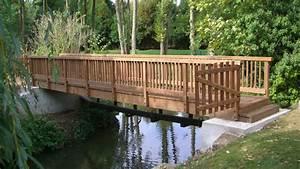 Petit Pont En Bois : pont en bois passerelle bois construction passerelle bois pros bois ~ Melissatoandfro.com Idées de Décoration