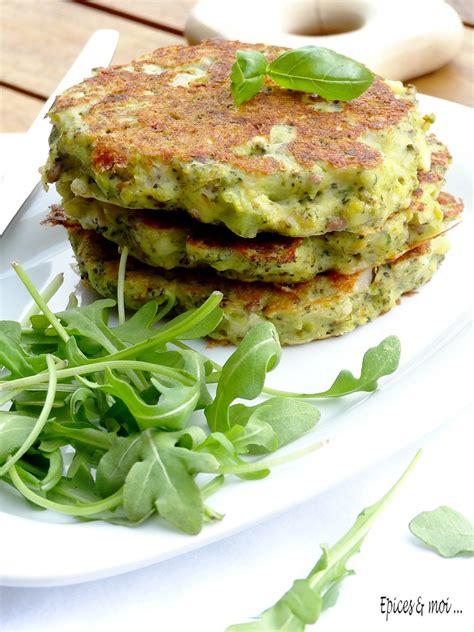 cuisiner ricotta galettes de brocolis à la ricotta au pesto épices