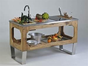 Cucina da esterno in acciaio e legno window mountain by for Cucina da esterno