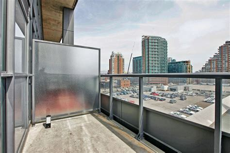 JUST SOLD: 2 storey 2 bedroom den loft at 5 Hanna Ave