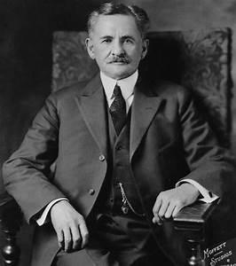 Lichtgeschwindigkeit Berechnen : albert michelson received first nobel prize awarded to an american scientist a century ago ~ Themetempest.com Abrechnung
