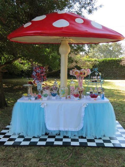 alice and wonderland table decorations alice in wonderland party ideas mushrooms the mushroom