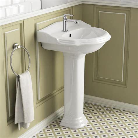 evier de cuisine en lavabo et vasque lavabo de salle de bain