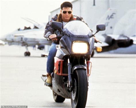 Tom Cruise, 56, Hasn't Aged One Bit As He Films Scenes For