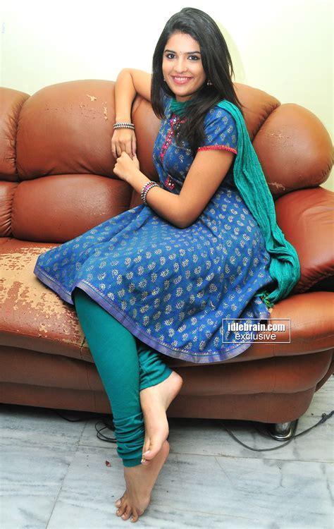 Deeksha Seths Feet