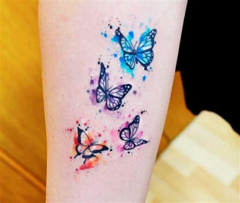 immagini tatuaggi fiori e farfalle tatuaggi farfalle 200 foto e idee a cui ispirarsi