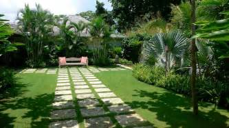 tropical bedroom decorating ideas images about gardens for elder also tropical home garden