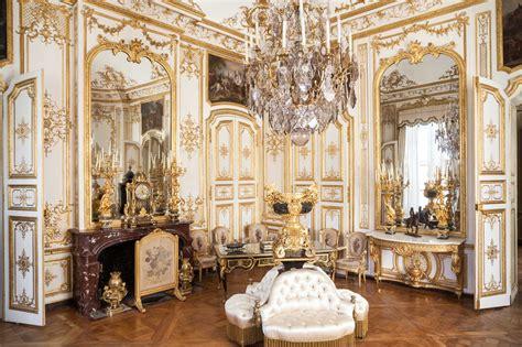 chambre lambris blanc les grands appartements du château de chantilly
