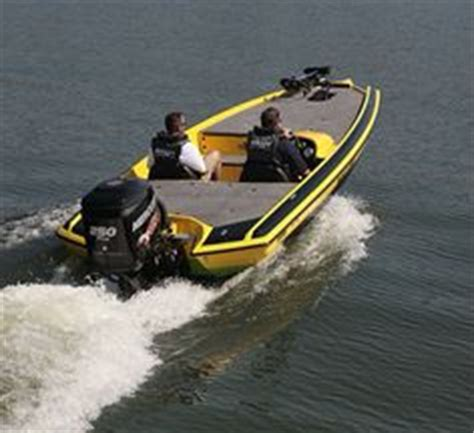 Bullet Bass Boats Review by 1000 Images About Bullet Boats On Bullets