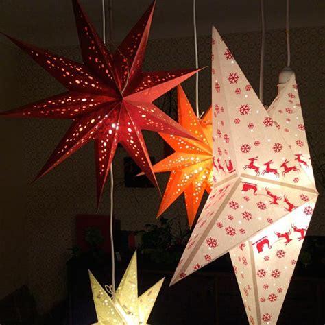 etoile lumineuse pour chambre étoile de noël mobile pour une ambiance chalet très