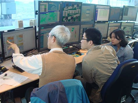 bureau weather shanghai meteorological bureau forecasters attended the