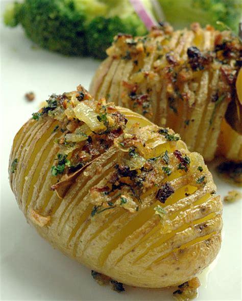 recette hasselback potatis pommes de terre r 244 ties su 233 doises