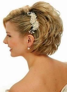 Coiffure Mariage Cheveux Court : 25 best ideas about coiffure mariage cheveux courts on ~ Dode.kayakingforconservation.com Idées de Décoration