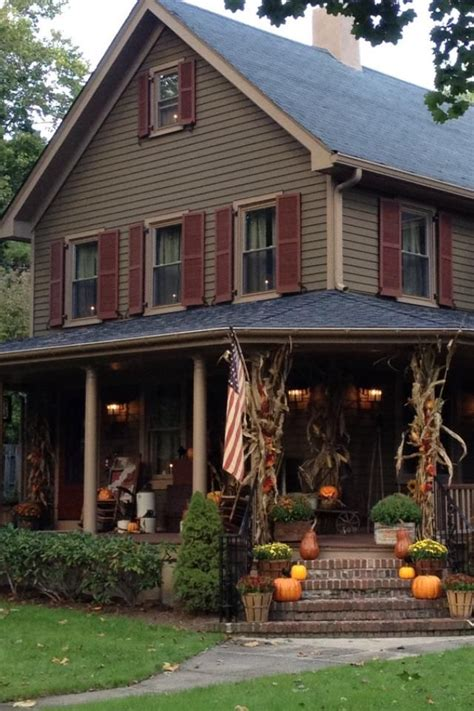 exterior paint colors for country homes 58 best house colors images on exterior colors