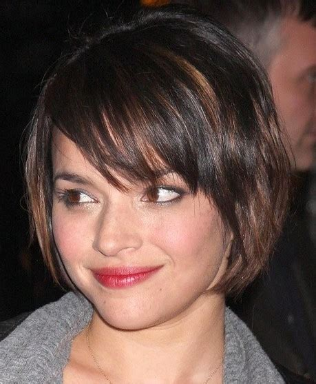 new hairstyles fashion popular hairstyles for short hair with bangs and layers