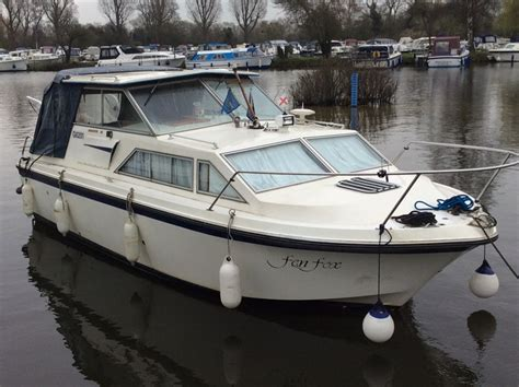 Boats For Sale By Owner Uk by Princess 25 Boat For Sale Quot Fen Fox Quot At Jones Boatyard