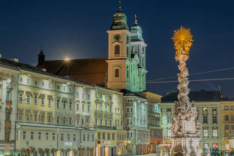 In the north of the country, it is on the danube 30 kilometres (19 miles). Off The Ship in... Linz, Austria | Craig Travel