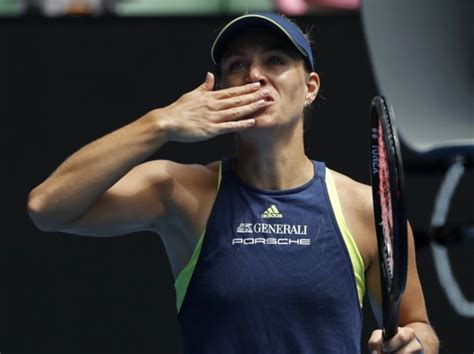 2018 Australian Open – Men's Singles - Wikipediaen.wikipedia.org › …Australian_Open…Roger Federer was the defending champion and successfully defended his title, defeating Marin Čilić in the final, 6–2, 6–7(5–7), 6–3, 3–6, 6–1. It was Federer's 20th Grand Slam singles title and record-equalling sixth Australian Open men's ... Read moreRoger Federer was the defending champion and successfully defended his title, defeating Marin Čilić in the final, 6–2, 6–7(5–7), 6–3, 3–6, 6–1. It was Federer's 20th Grand Slam singles title and record-equalling sixth Australian Open men's singles title (tied with Roy Emerson and Novak Djokovic). With the win, Federer became the first male player to win at least six titles at two Grand Slam tournaments (six at the Australian Open and eight at Wimbledon). Federer became the oldest man to win a Grand... Hide(document.querySelector(