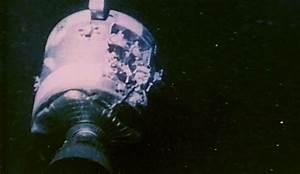 Apollo 13: Houston, We've Got a Problem 1970 NASA; Oxygen ...