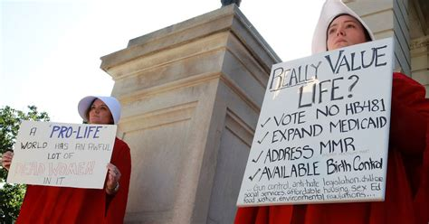 women protest controversial heartbeat abortion law