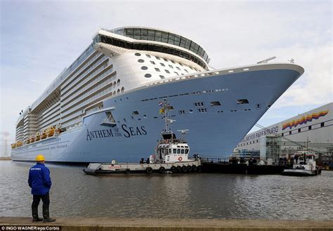 Small Boat New England Cruises by Royal Caribbean S Anthem Of The Seas Cruise Is Forced To