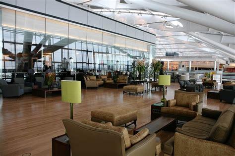 The Airport Luxurylounge Showdown Wsj