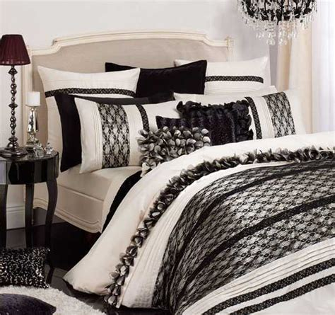 White And Black Bedding by Textured Bedding Sets Add Flare And Charm To Bedroom