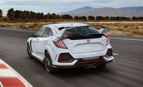The 2017 Honda Civic Type R Is A Car Worth Waiting For