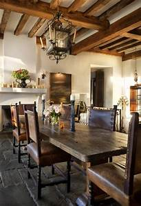 House In A Combination Of Antique And Modern Styles - DigsDigs