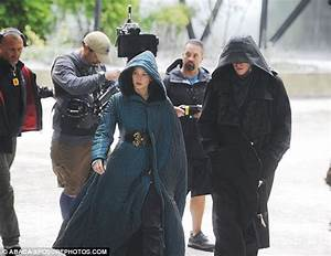 Jennifer Lawrence resumes filming on Hunger Games | Daily ...