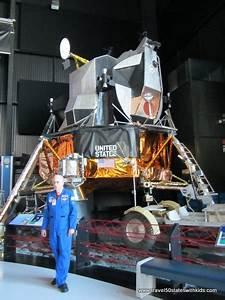 Moon Parachute Landing Module - Pics about space