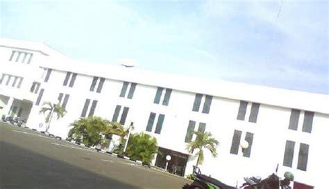 sejarah pendidikan di maluku utara 1 hotel di dekat sekolah tinggi sandi negara stsn