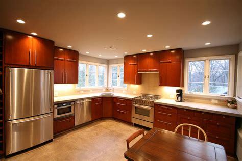 medium kitchen remodeling  design ideas   kitchen  bath factory  serving