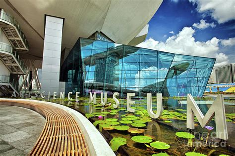 artscience museum   marina bay sands resort