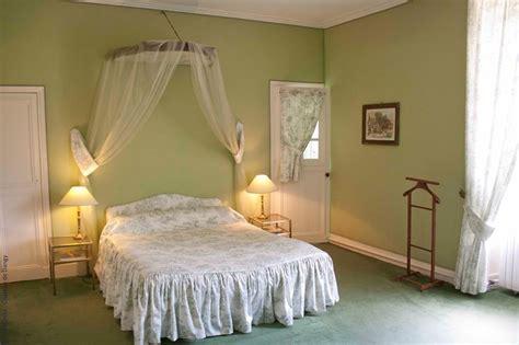 chambres d hotes chateaux chambres d 39 hôtes au château de dangy à paudy chambre d