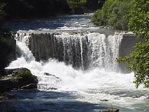Imagen Gratis  Cascada  Agua  R U00edo   U00e1rbol  Naturaleza