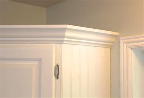 adding trim to kitchen cabinets add crown molding to existing kitchen cabinets how to