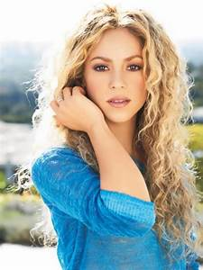 World of faces Shakira – famous singer - World of faces