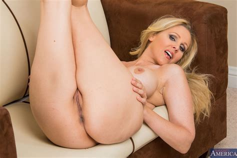 Hot Milf Julia Ann Fucks In Her Sexy Red Top At The Office Picture 08