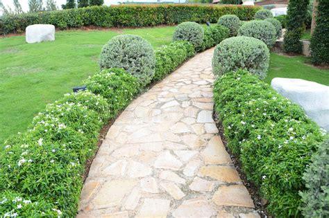 Gehweg Im Garten Stockfoto Bild Von Outdoor, Pfad