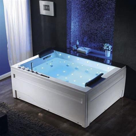 mod鑞e dressing chambre chambre parentale avec dressing et salle de bain 16 mod232les de baignoires d hydromassage qui donneront une touche de kirafes