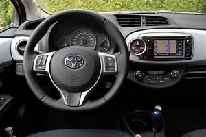 Toyota Yaris Hybride Avis : c t finances tous les tarifs la concurrence l alternative occasion ~ Gottalentnigeria.com Avis de Voitures